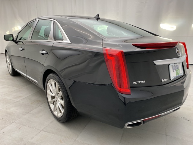 Pre-Owned 2013 Cadillac XTS Luxury