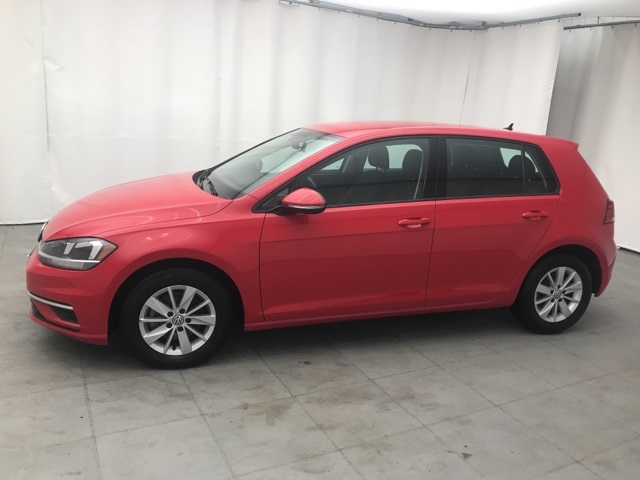 Pre-Owned 2018 Volkswagen Golf TSI S 4-Door