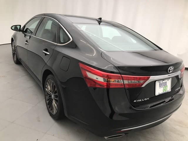 Pre-Owned 2016 Toyota Avalon Limited