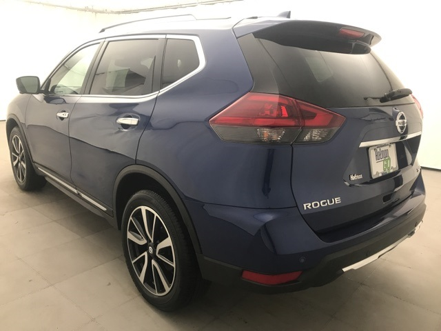Pre-Owned 2020 Nissan Rogue SL