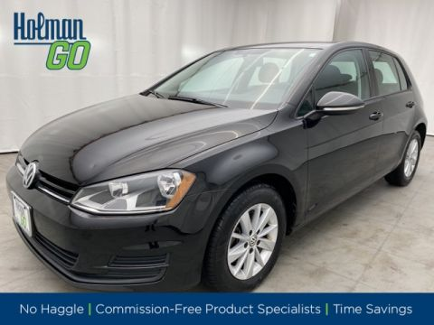 Pre-Owned 2017 Volkswagen Golf TSI S 4-Door